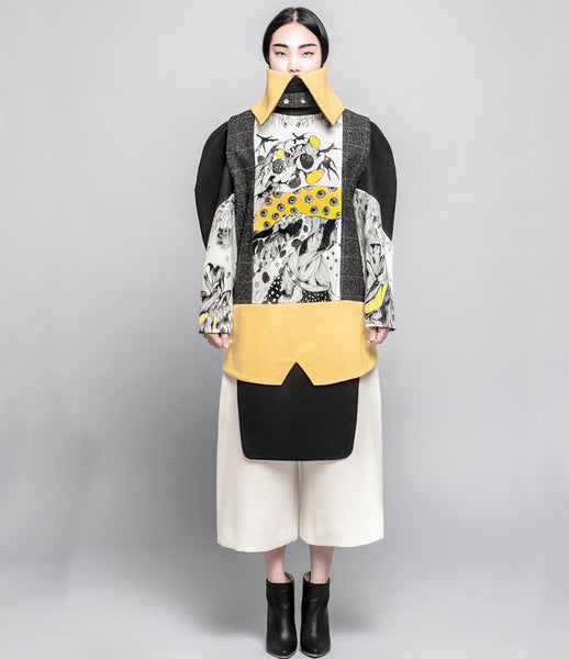 Sojin_Park_top_fashion_clothing_handprinted_wool_yellow_structured_panelled_unique_artistic_collared_high_neck_Kids-of_Dada