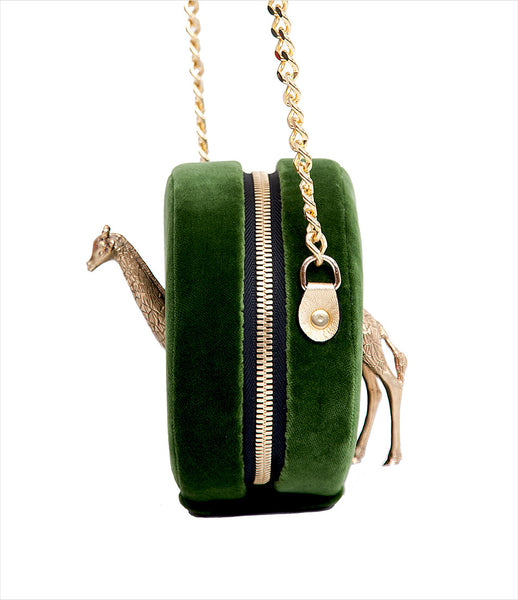 Carla_Lopez_shoulderbag_accessory_handmade_velvet_green_round_white_circular_animal_giraffe_golden_chain_whimsical_fashion_kidsofdada