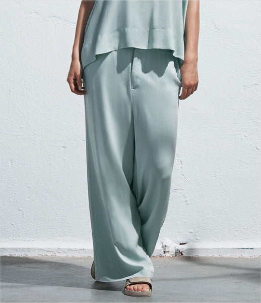 Arethé-Stockholm_blue_aqua_black_wide-leg_loose_trousers_flowy_palazzo_pants_135_COS_fashion_womens_kidsofdada
