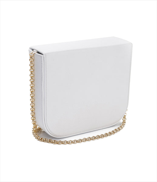 Carla_Lopez_white_shoulder_chain_handbag_leather_grain_blue_fur_eye_decorative_surreal_fashion_womens_kidsofdada