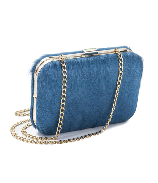 Carla_Lopez_blue_shoulder_handbag_chain_leather_fur_ponyhair_sculpture_clutch_accessories_fashion_surrealism_womens_kidsofdada