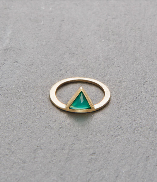 KINSFOLK_ring_jewelry_jewellery_handmade_accessories_green_onyx_sterling-silver_gold_triangle_women_fashion_band_kidsofdada