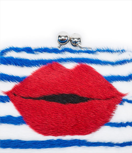 Blood&Honey_real_mink_fur_clutch_lips_stripes_bags_clasp_white_blue_red_popart_kitsch_luxury_chic_635_fashion_womens_womenswear_kidsofdada