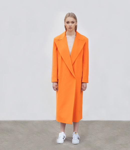 Marianna_Senchina_coat_clothing_handmade_bespoke_orange_oversized_masculine_silhouette_double_breasted_fashion_kidsofdada