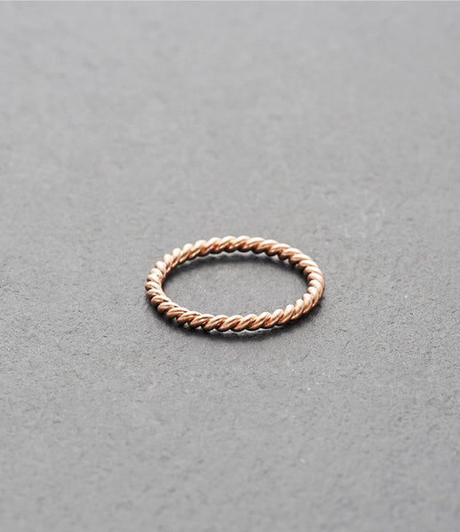 KINSFOLK_twisted_ring_jewelry_jewellery_accessories_sterling-silver_gold_rose-gold_oxidized_band_fine_handmade_womens_fashion_kidsofdada