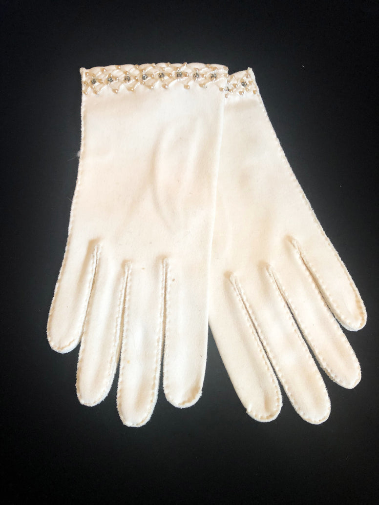 White Vintage Wrist Gloves with Rhinestone Accents