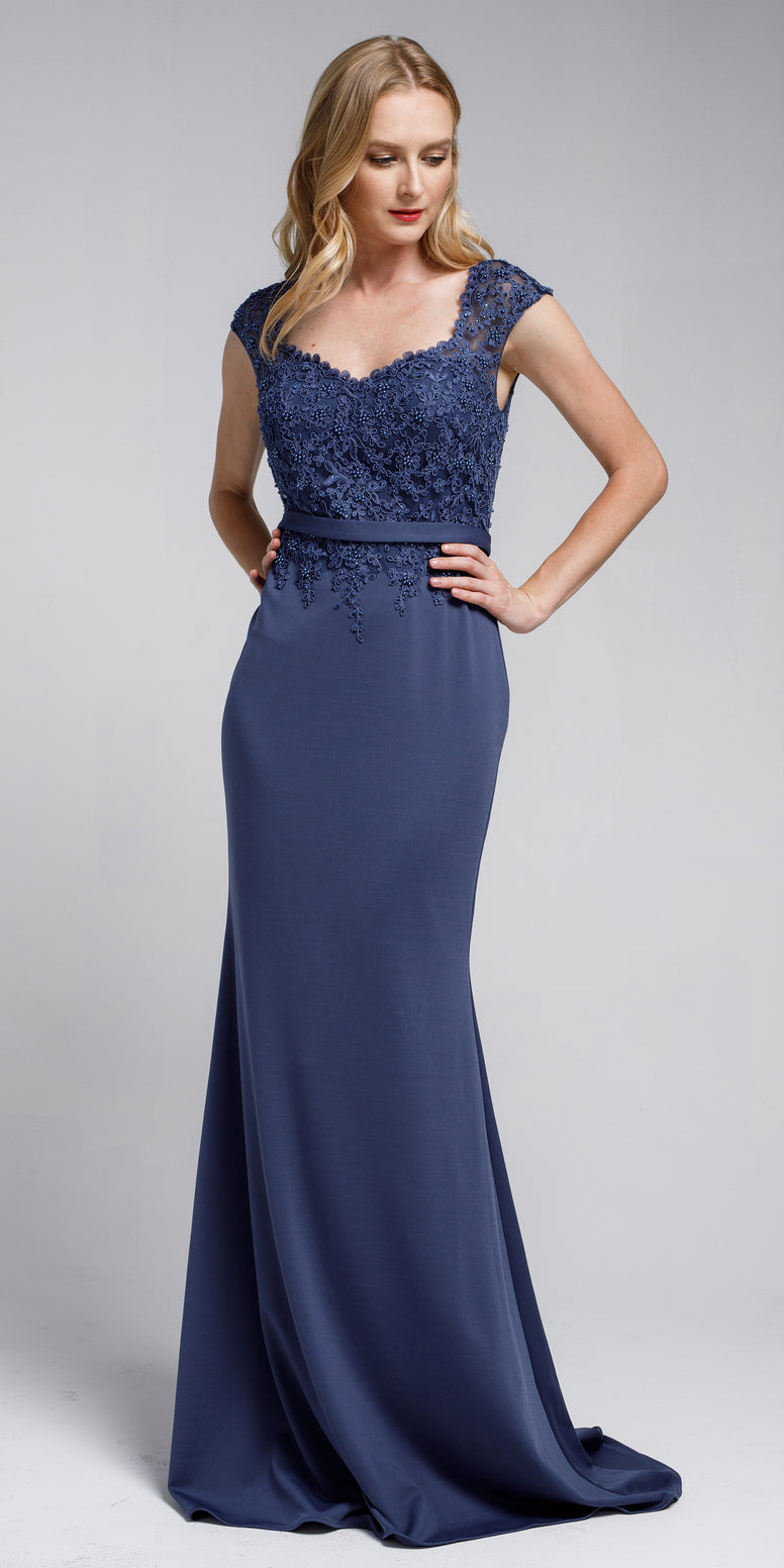 SWEETHEART NECKLINE EMBROIDERED EVENING GOWN
