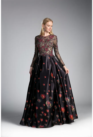 Queen of Hearts Long Sleeve Gown