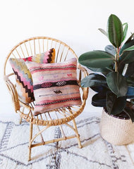 Decorating with Pink cushions