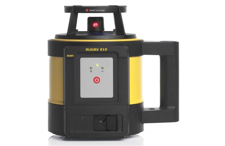 Leica Rugby 810 Rotating Laser Level Alkaline pack with RodEye 140 Laser Receiver