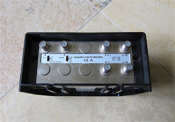 BeoLink RF Link Amplifier, Type 4053