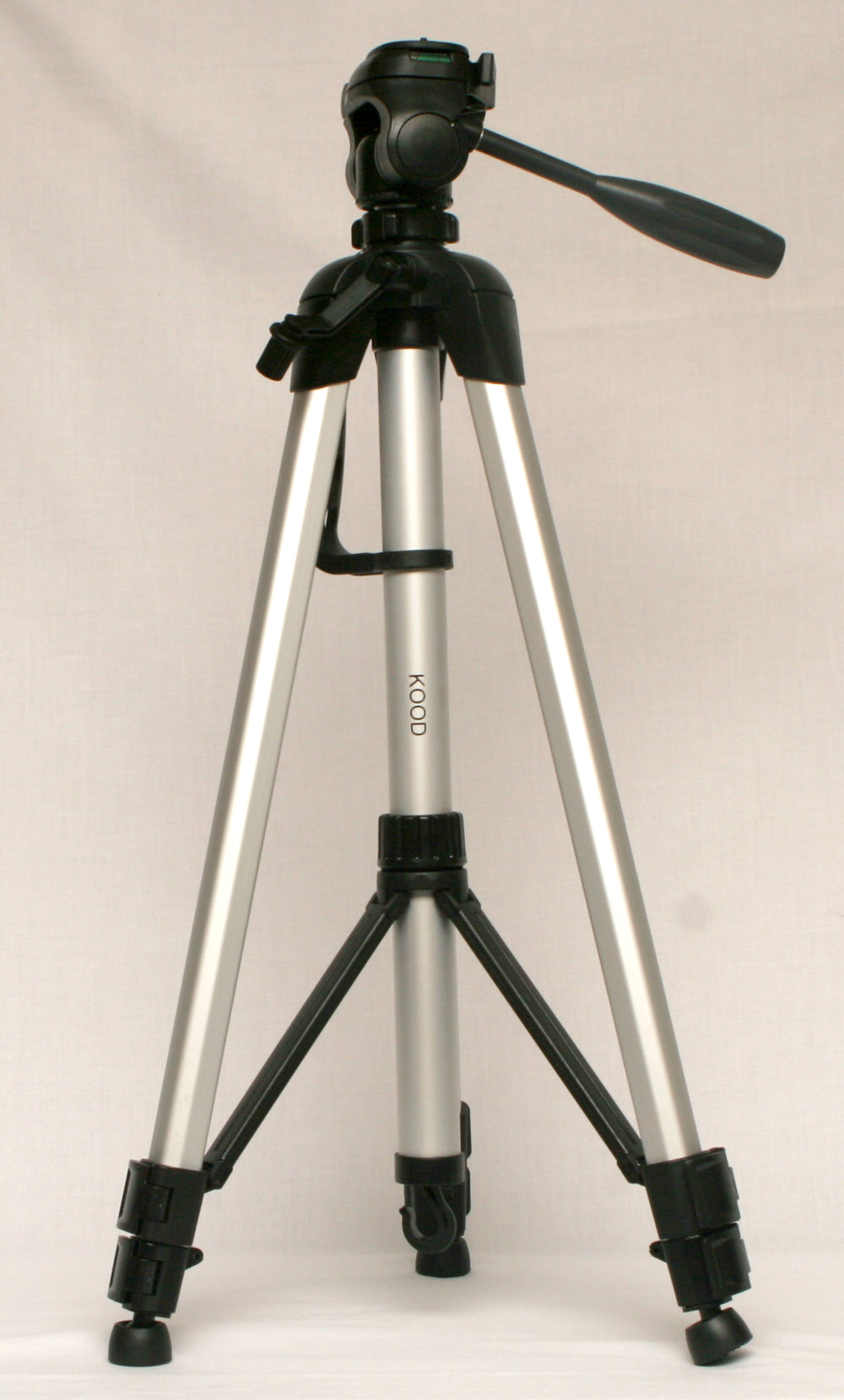 Kood AT26 Tripod with Case