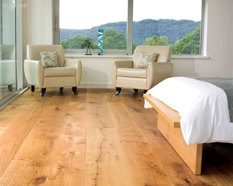 Natural Bathroom & Bedroom Focus:  Top Tips for the Perfect Wood Floor