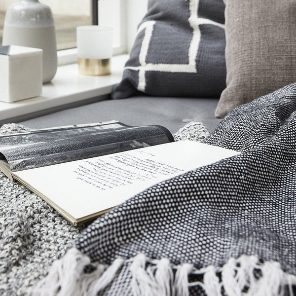 Black & Off-white Plaid Cotton Throw