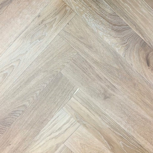Oak Whitechapel Light Smoked Herringbone