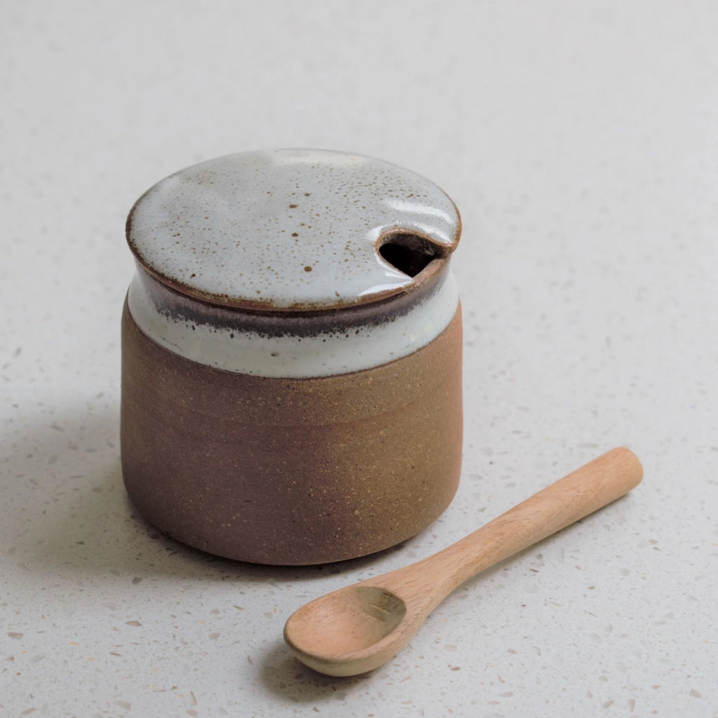 Ceramic Sugar Pot with Spoon in Tawny Speckle