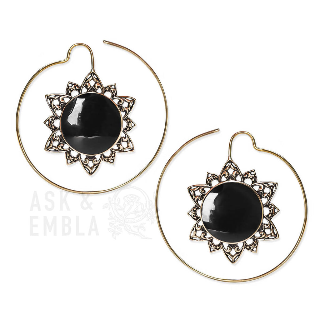 Sarya Lotus Inca Earrings with Black Shell (PAIR)