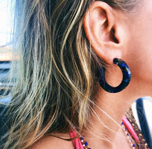 Thick Tortoise Hoops