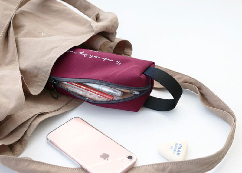 Plain handy pencase