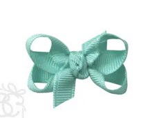 Load image into Gallery viewer, Large Grosgrain Bow with Alligator Clip 5.5""