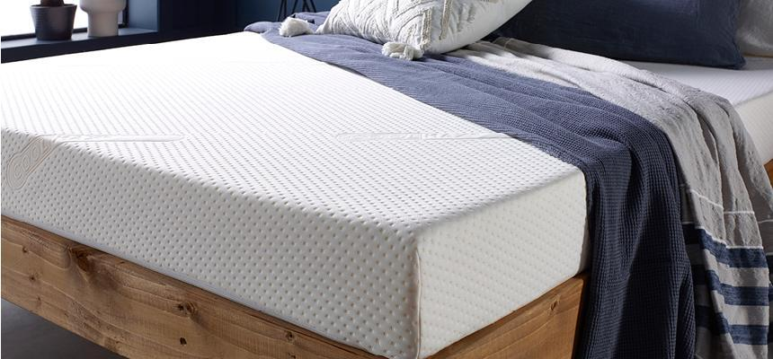Kinf size memory foam mattress