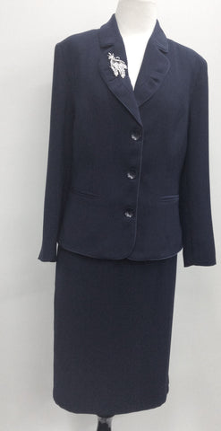 Skirt suits 141