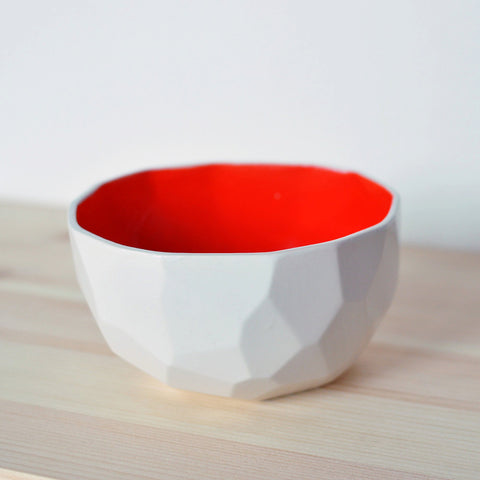 Ceramic Polygon bowl in Lava Red