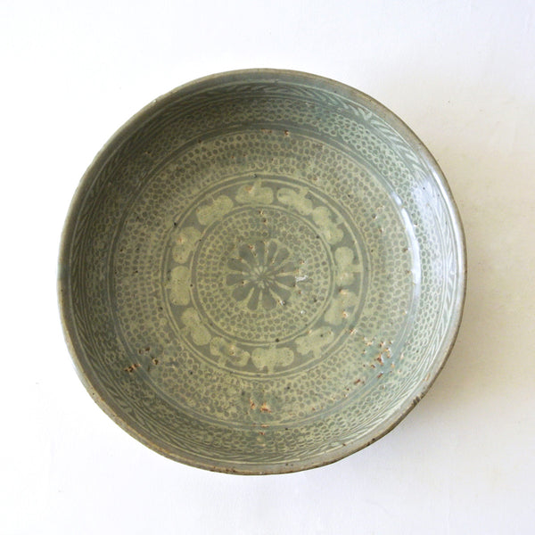 Inlaid Bunchong Bowl from Chosun Dynasty