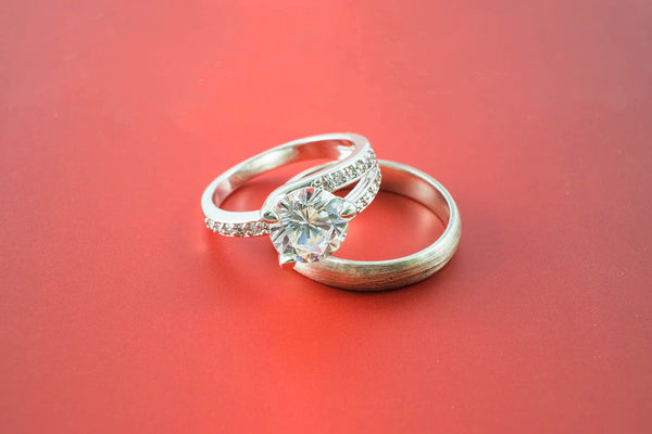 Engagement Ring vs. Wedding Ring: Everything You Need to Know