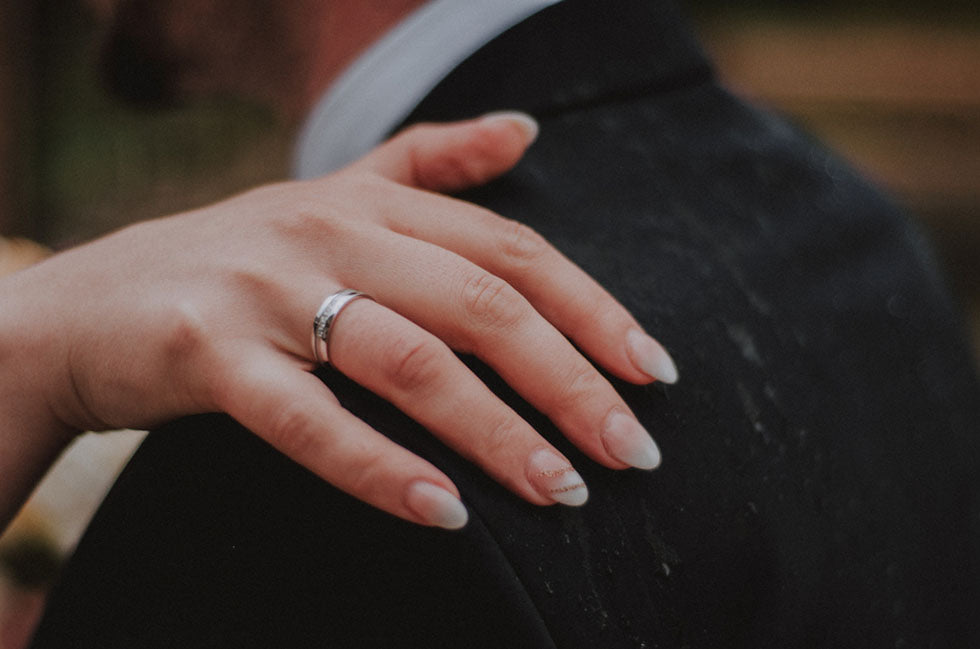 wedding ring womans hand