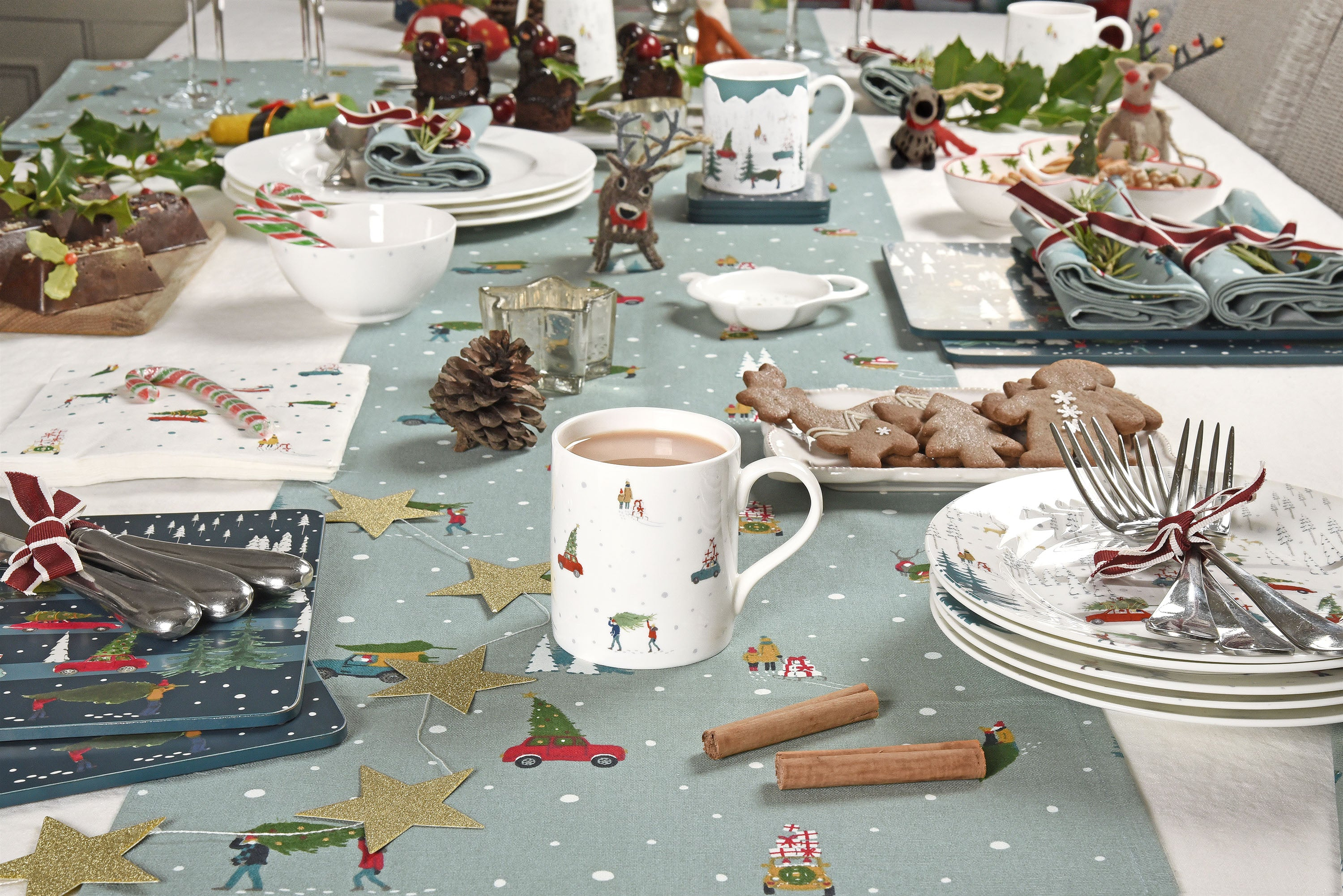 Christmas Table Setting Inspiration by Sophie Allport