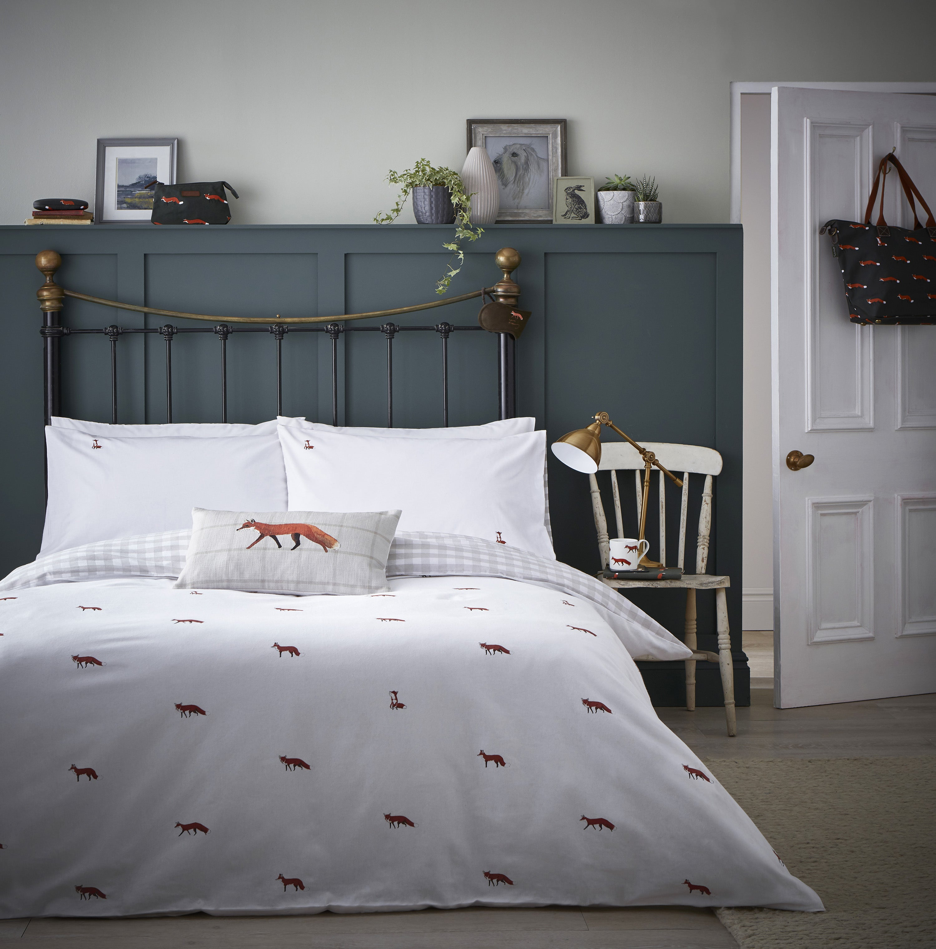 Autumn bedroom ideas with Sophie Allport Foxes Bedding Set, cosy cushions and throws