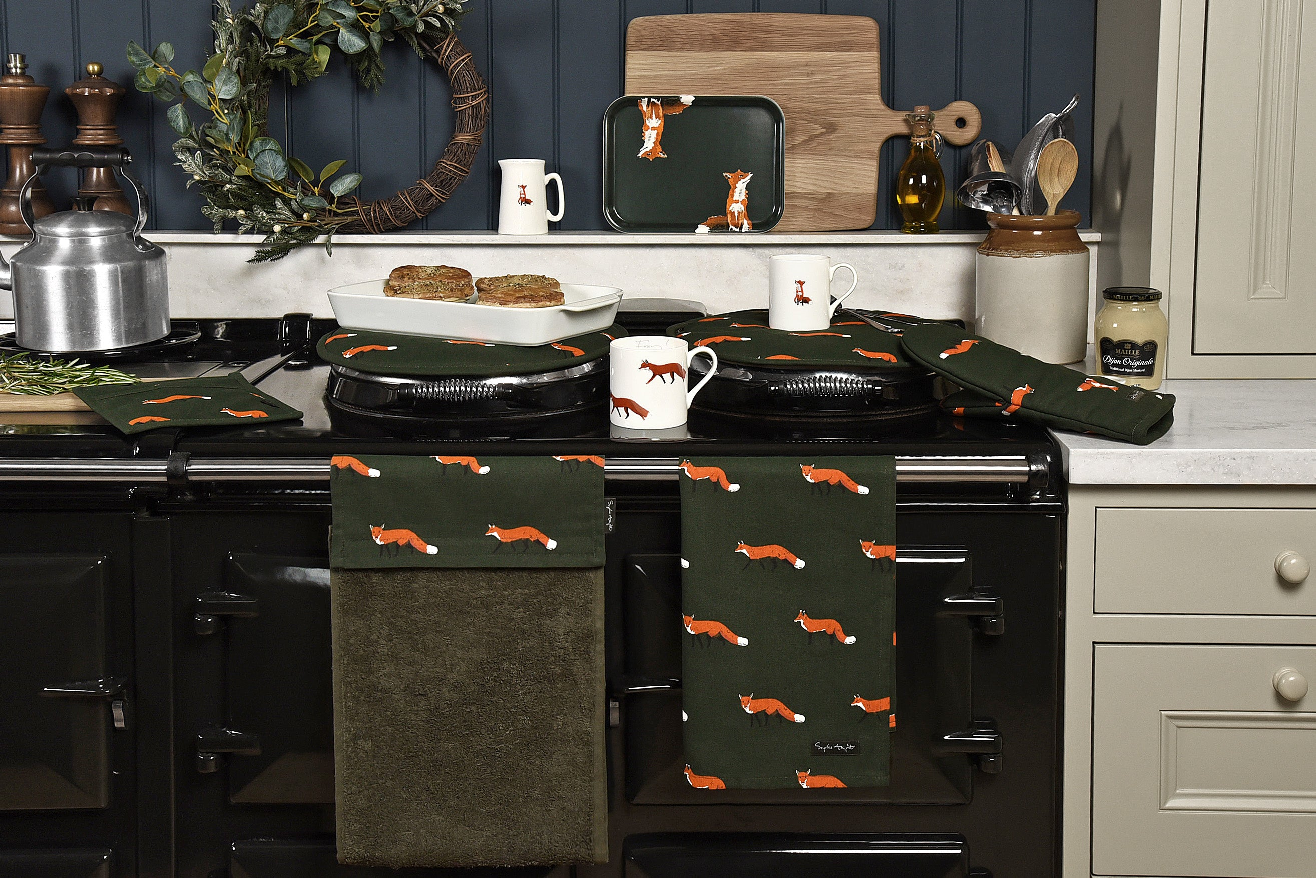 Kitchen decor ideas for autumn, add forest greens and oranges to cooker or AGA