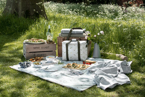 Picnic competition with Sophie Allport, Cook and Belvoir