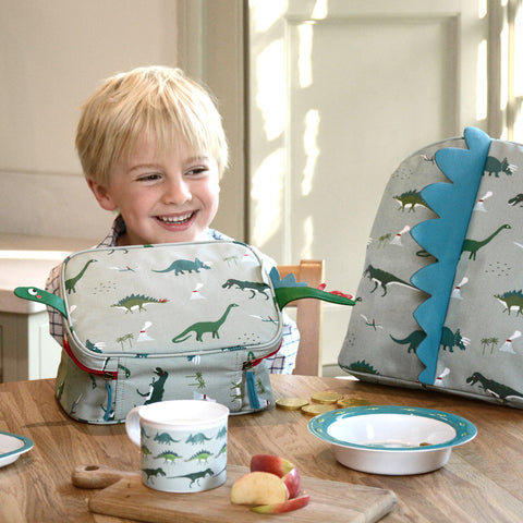 Dinosaur facts by Sophie Allport