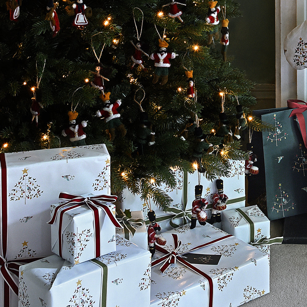 Gift Wrapping Tips 2020 by Sophie Allport