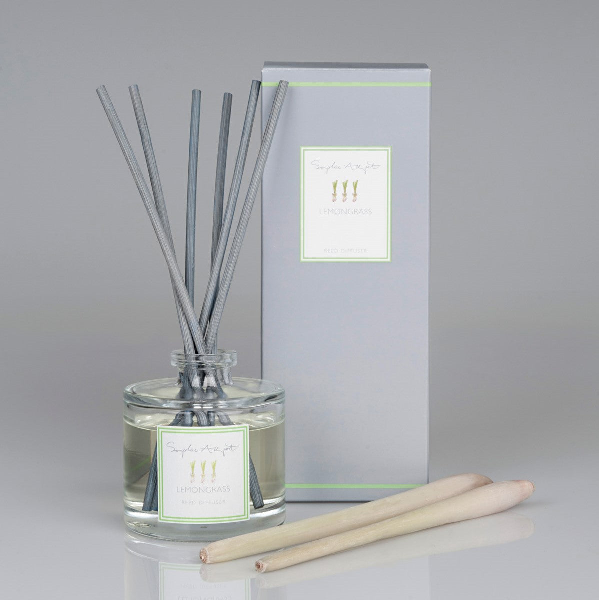 Scents to change your mood - lemongrass by Sophie Allport