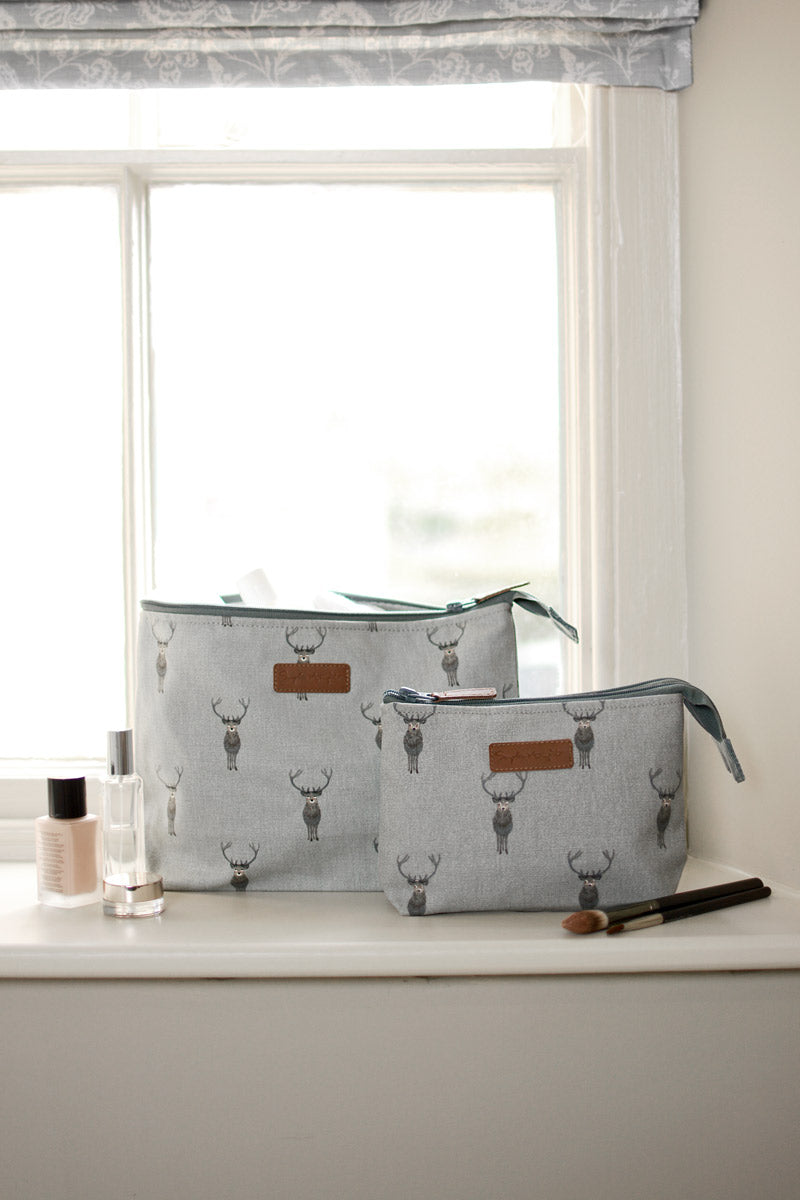 Highland Stag Canvas Wash Bag