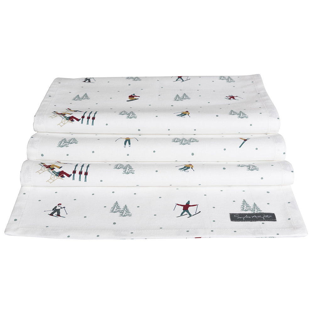 Skiing Table Runner