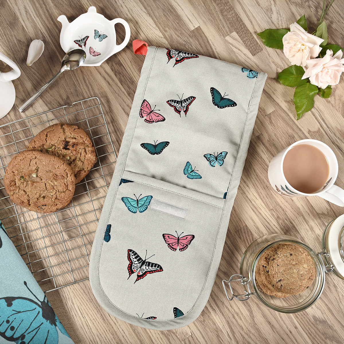 Butterflies Oven Gloves by Sophie Allport