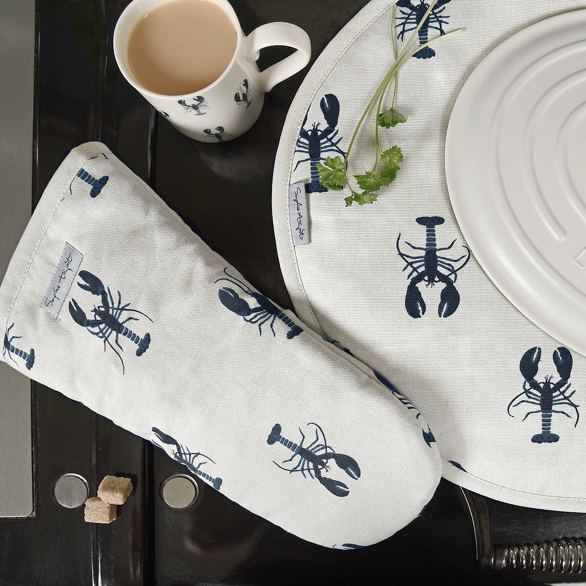 Dune White Lobster Oven Mitt by Sophie Allport
