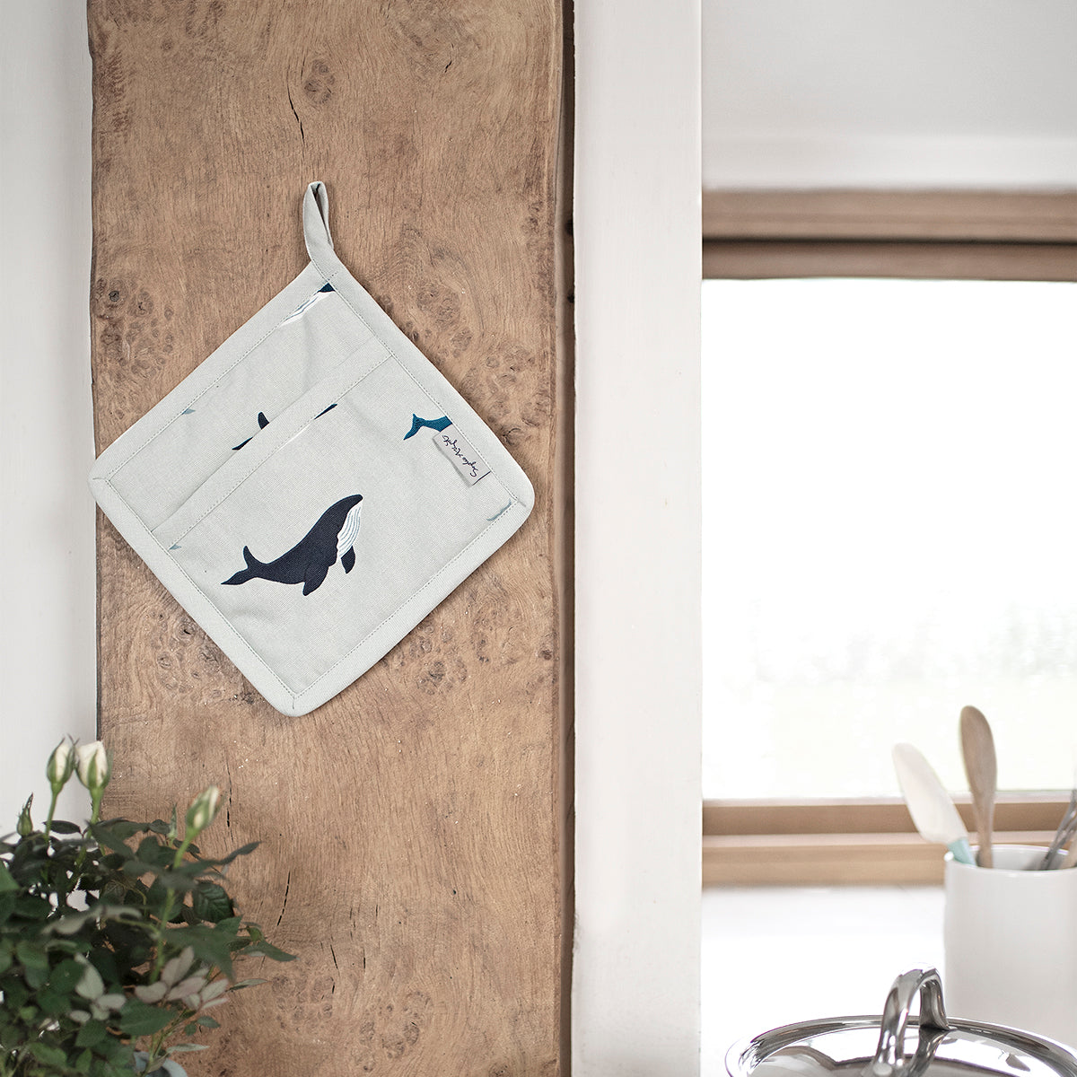 Whales Pot Grab by Sophie Allport
