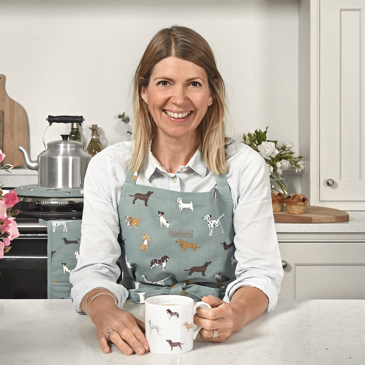 Fetch Adult Apron by Sophie Allport