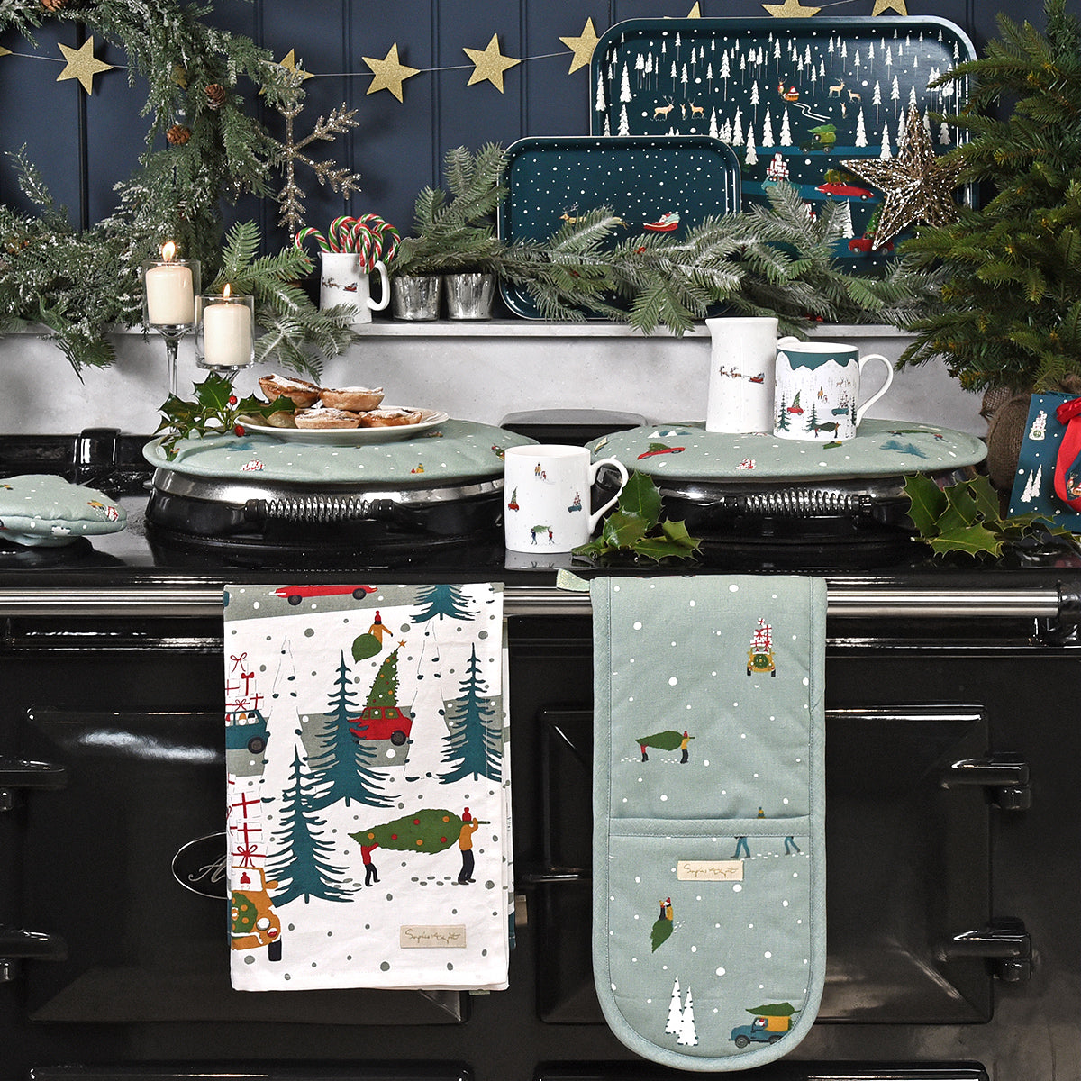 Home for Christmas Circular Hob Cover