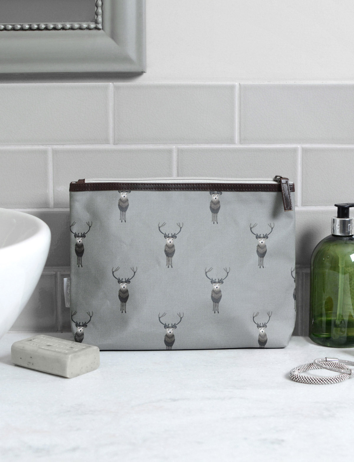 Highland Stag Oilcloth Wash Bag