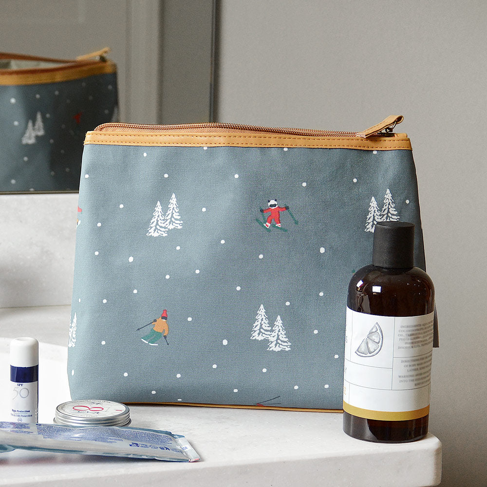 Skiing Oilcloth Wash Bag