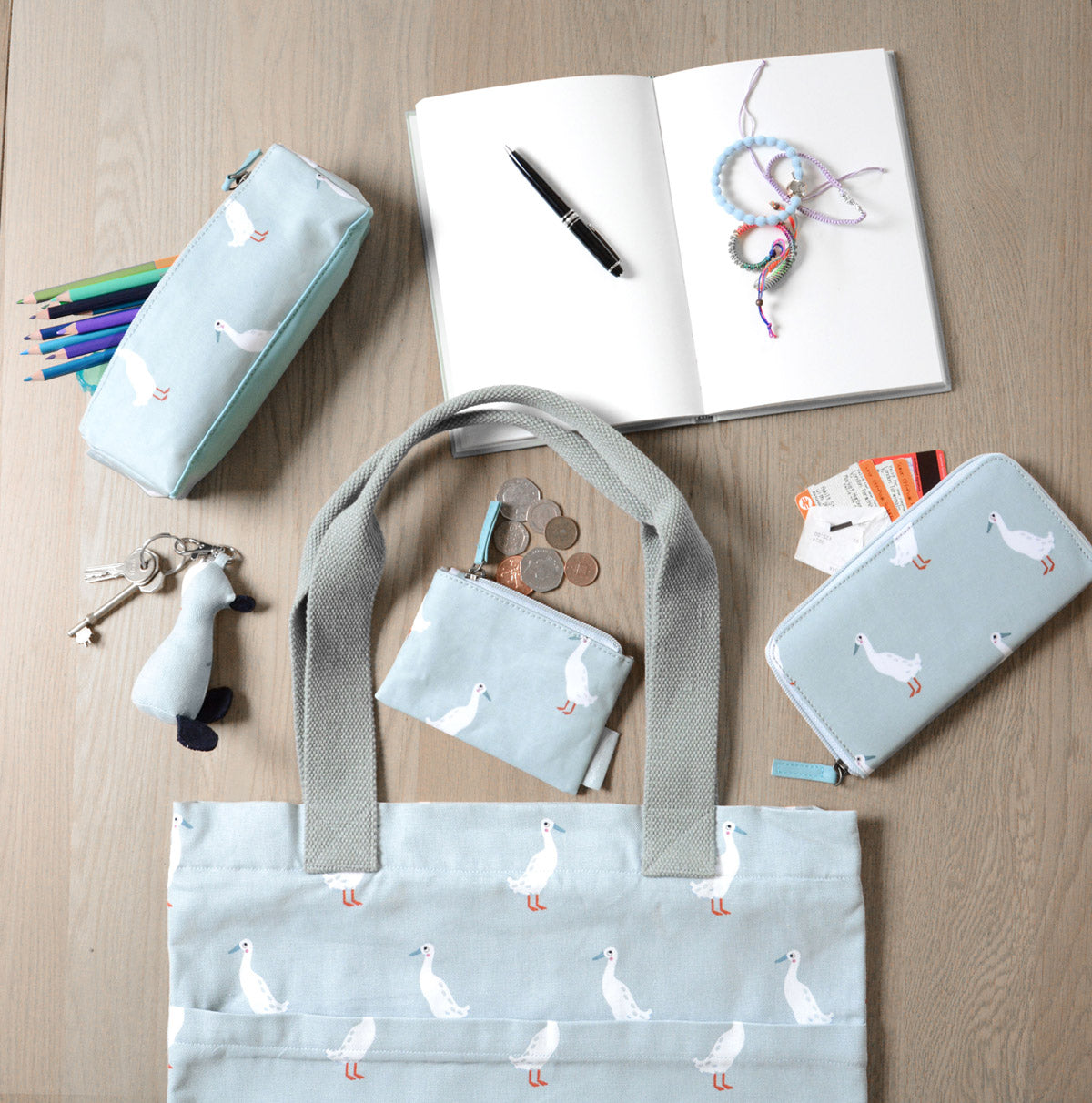 Runner Duck Oilcloth Accessory Case