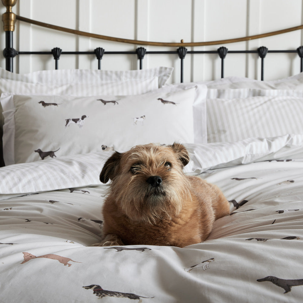 Woof Bedding Set