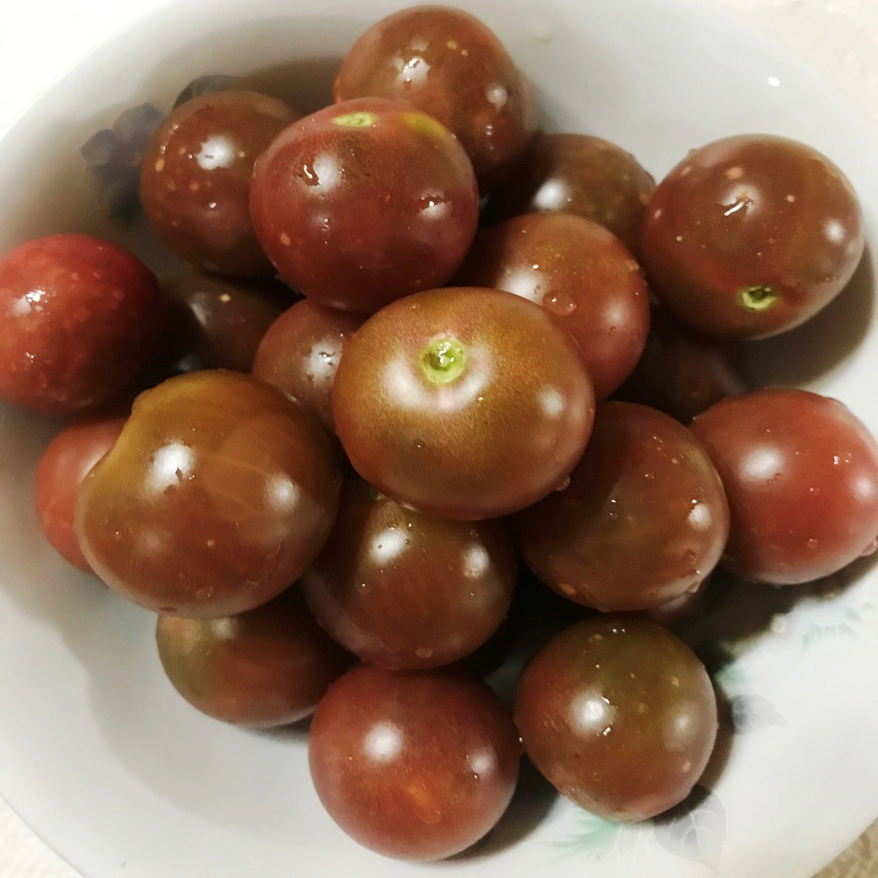 Kevin's Large Black Cherry Tomato Seeds