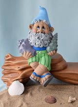 Load image into Gallery viewer, Summer Papa Gnome